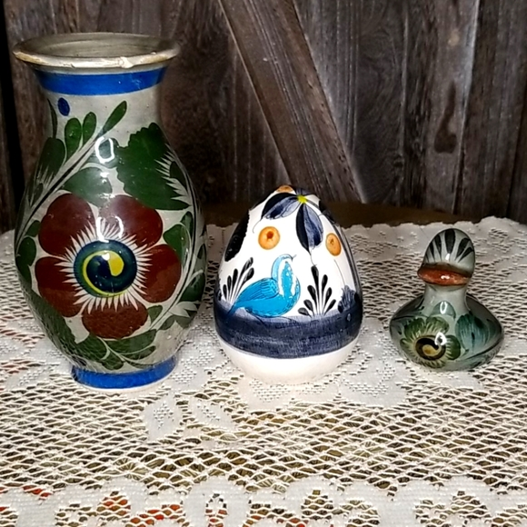 Vintage Mexican Folk Art-Set of 3 ceramic pieces